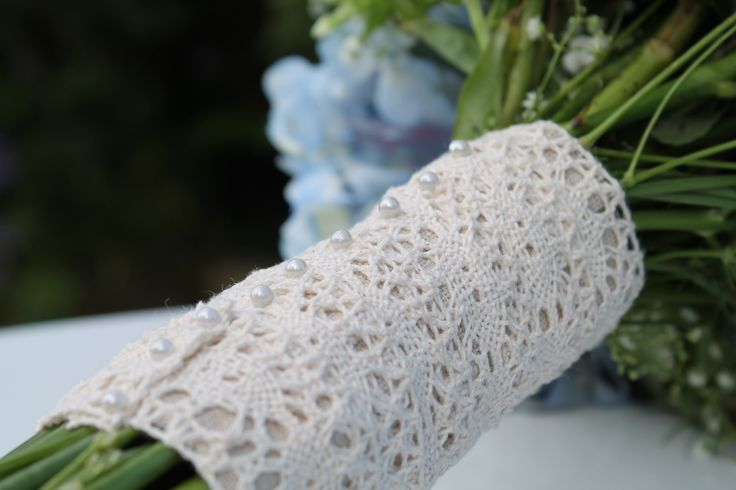Linen and Lace bouquet handle finished with Pearls