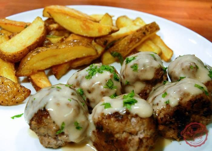 The Best Swedish Meatballs http://comfortablefood.com/the-best-swedish- meatballs/  ★¨`*•♫.•Pass it on!! Give someone else a reason to smile. ♫ ..•* ★  Ingredients for the meatballs: white bread - 2 slices, crusts removed, then torn into tiny pieces milk - 1/4 cup, whole ground beef - 1 pound (500 g) ground pork - 1 pound (500 g) red onion - 1 small, grated or finely diced egg - 1 large, beaten allspice - 1/8 tsp, ground cardamom - 1/4 tsp, ground ginger - 1/8 tsp, ground onion powder - 1/4…