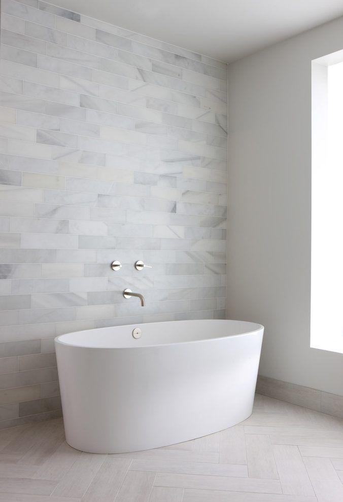 chicago vallelunga calacatta tile with plastic acrylic soaking