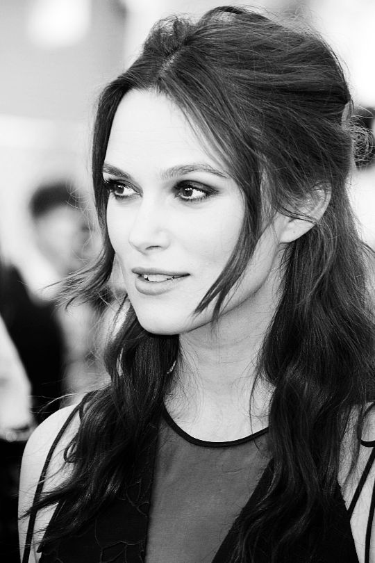 Keira Knightley attends TNT's 21st Annual Screen Actors Guild Awards at The Shrine Auditorium on January 25, 2015 in Los Angeles, California