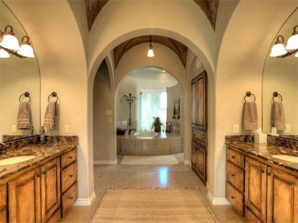 49 Persimmon Path San Antonio, Texas 78258 United States. #KSIR #realestate #luxury #bathrooms