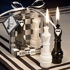 These would be cool favors for an Alice in Wonderland themed wedding. King & Queen Chess Piece Candle Favor