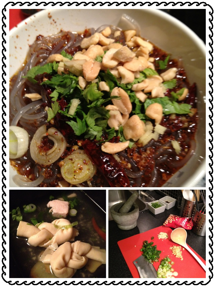 Potato noodles with coriander, springonion and peanuts. Served with a sidedish of tofu butterfly soup.
