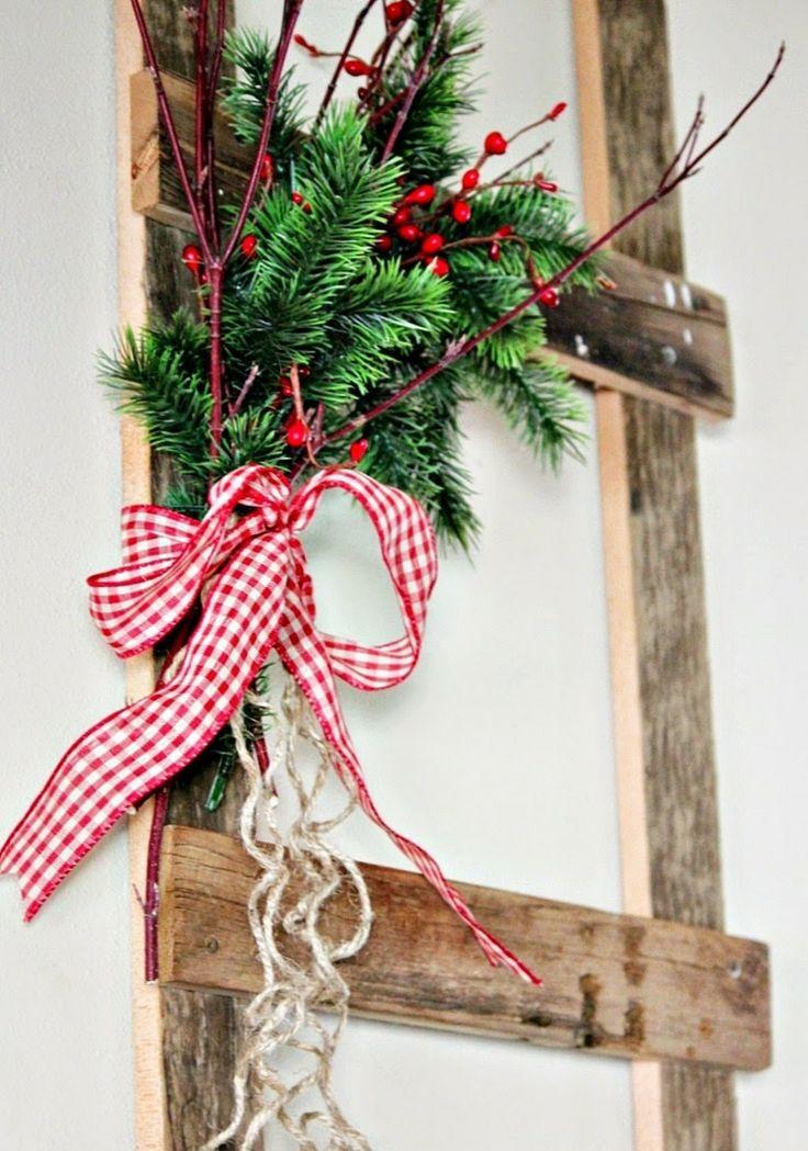 25 einzigartige weihnachtsdeko rot wei ideen auf - Leiter dekorieren ...