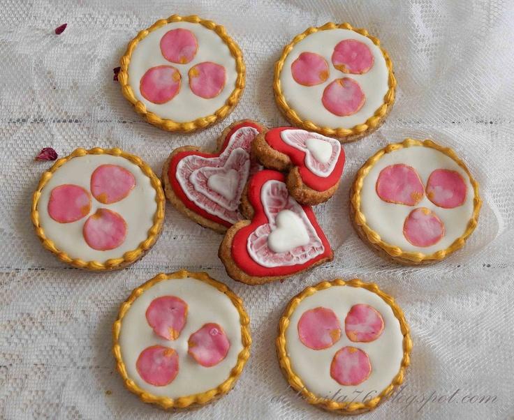 Walnuts and rose petals cookies! Dolce Rita