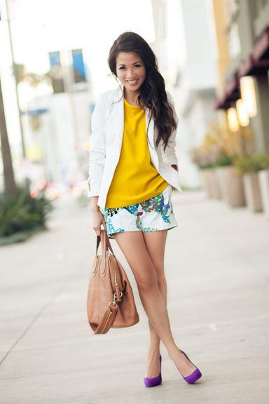 Color Burst :: Botanical shorts / Wendy's Lookbook: Patterns Shorts, Purple Shoes, Color Burst, White Blazers, Color Combos, Botanical Shorts, Prints Shorts, Bananas Republic, Purple Pumps