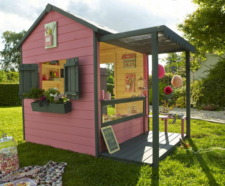 Maisonnette picerie castorama play in the magic garden pinterest playhouses play - Outdoor leunstoel castorama ...