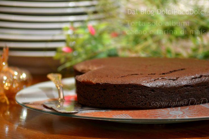 #Torta solo #albumi #cacao e farina di #mais   #Dolci #senzalatte  #facile e #veloce #senzatuorli cuore asciutto e sapore #goloso, ottimo farcito o al naturale