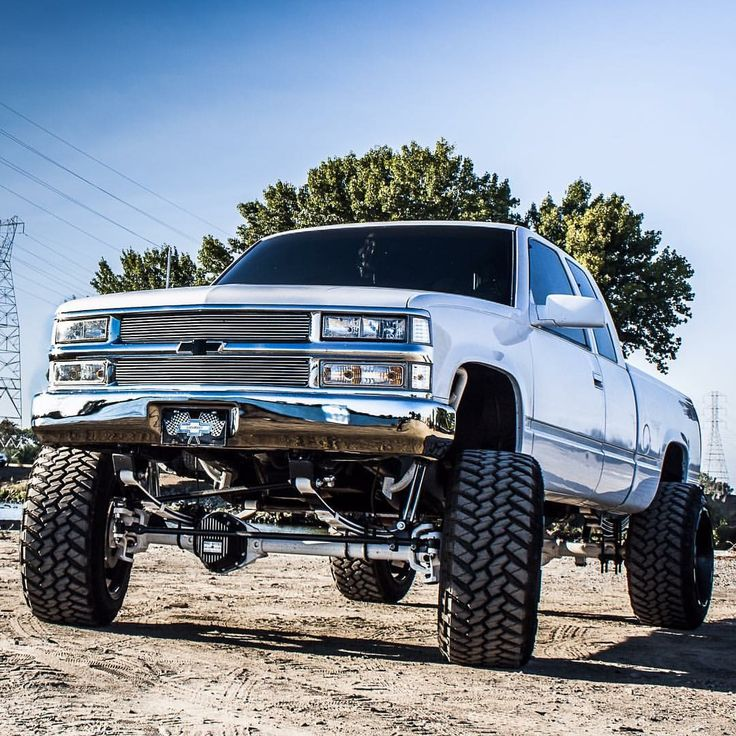 #Chevy #Chevrolet #Silverado #Lifted #Jacked #4x4 #Modified with aftermarket tires and suspension