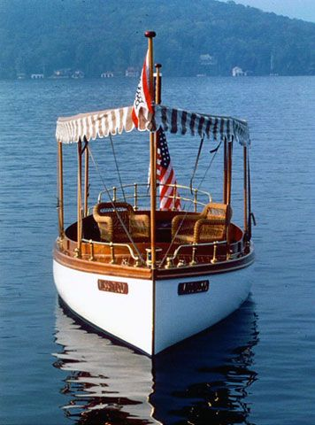 Classic Motor Yacht | Elco Motor Yachts