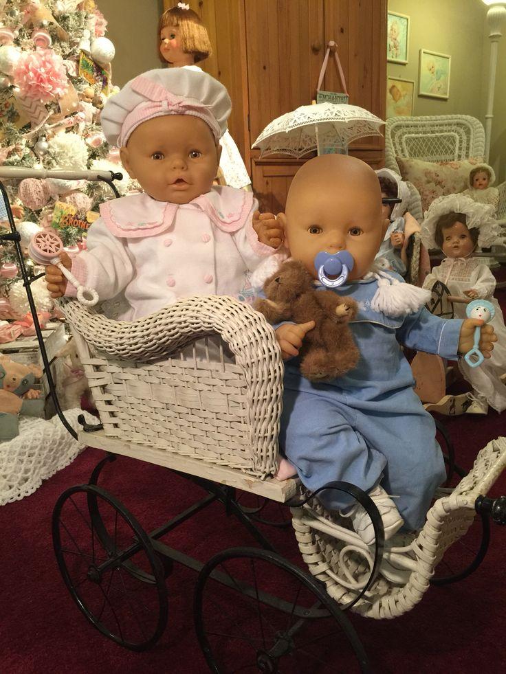Twin Vintage Berjusa Baby Dolls Made In Spain Vintage Dolls Vintage Toys Reborn Dolls