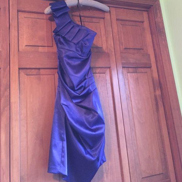 One shoulder cocktail dress. Purple fun short, on shoulder dress. Only wore once. B. Smart Dresses One Shoulder