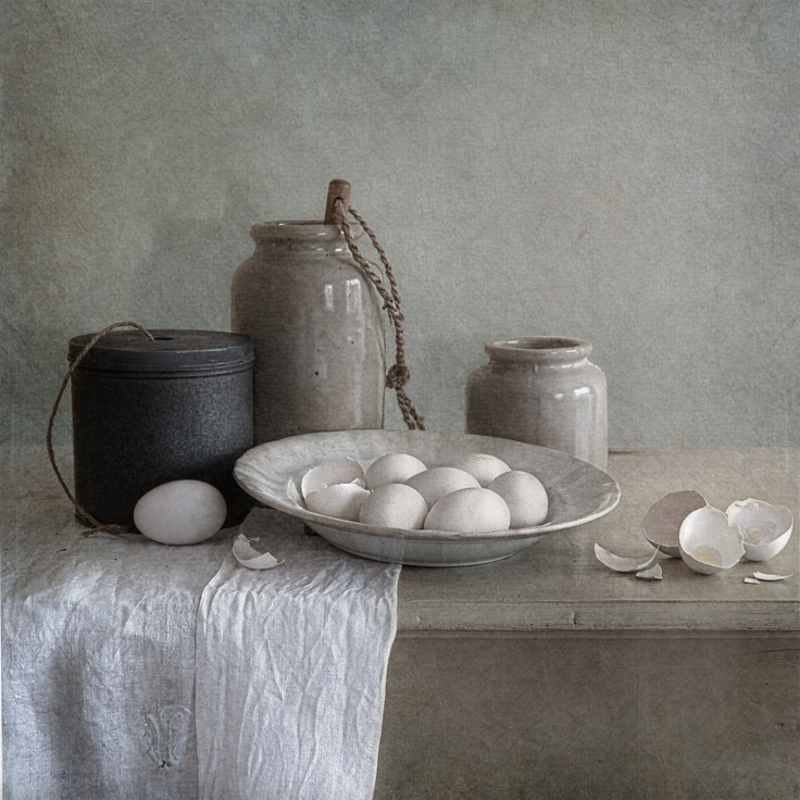 Tineke Stoffels (Dutch photographer specialized in still life and portraiture inspired by the Dutch Masters) - white eggs and mustard jars - processing