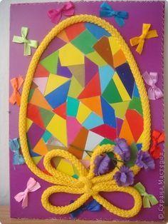 Пасхальная открытка с яйцом из мозаики