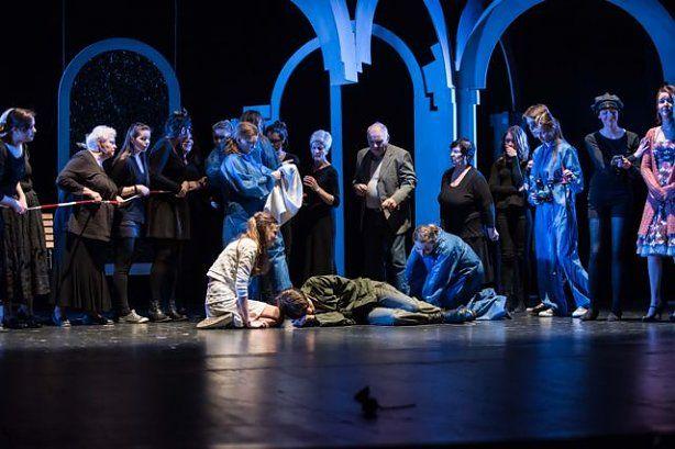 Des Pudels Kern: In een duel dood Faust de broer van Gretchen en onmiddellijk komt het forensisch team in actie.