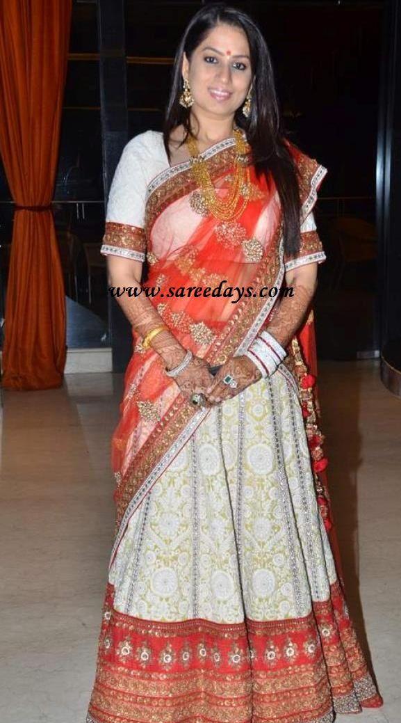 sabyasachi mukherjee designer bridal lehenga