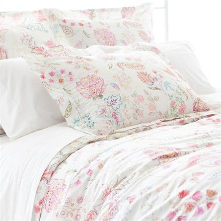 The Mirabelle Duvet Cover is youthful enough in design to use as bedding in any child's room, and high enough in quality to be used in a guest bedroom