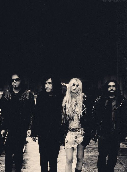 The Pretty Reckless band.