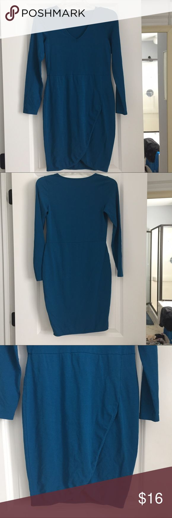 "ASOS long sleeve tulip hem dress ASOS. Size 6. Long sleeve, vee-neck, asymmetrical tulip like skirt hem. Pullover style. Great color - medium teal blue. Great one piece sophisticated dressing from board room to date night. No flaws. Great condition. 33"" shoulder to hem. See pics for fabric content tag. Asos Dresses Midi"