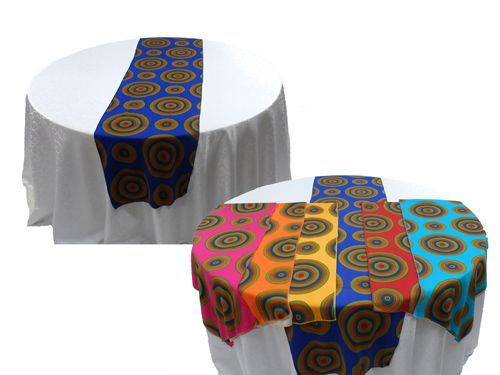 TRADITIONAL PRINT TABLE RUNNERAVAILABLE IN A VARIETY OF COLOURS