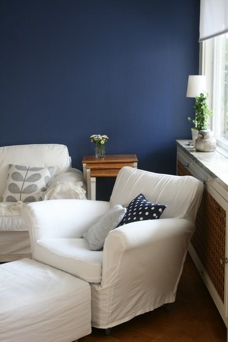 simple, but love the navy blue wall color!