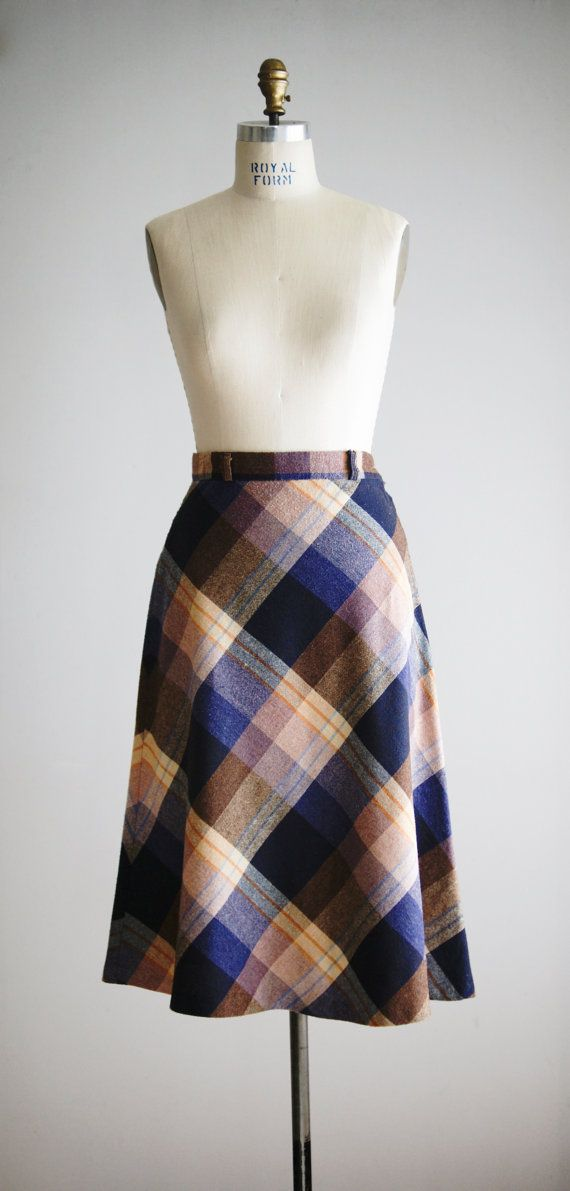 1970s PARSONS PLACE blue plaid wool skirt