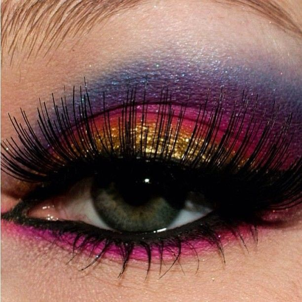 Pink, purple and gold eyeshadow