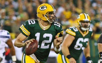 Aaron Rodgers: What this HOFer must do for the Green Bay Packers