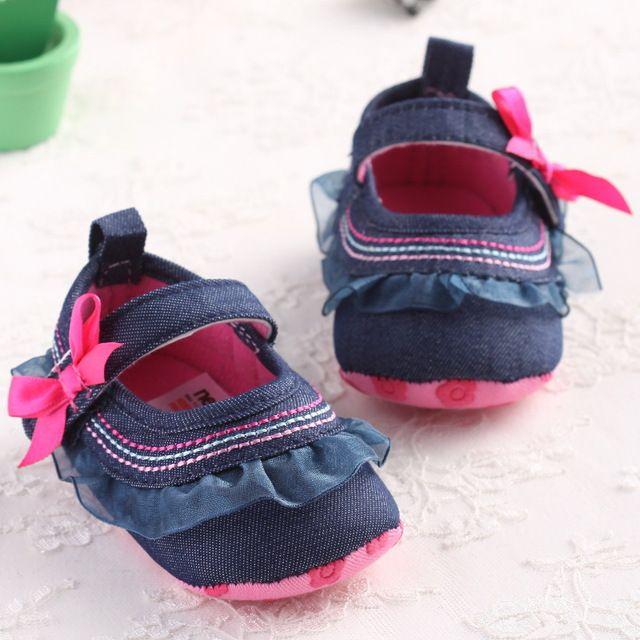 Lindo Novo Bebê Prewalker Sapatos Da Criança Infantis Sola Macia Jardim Primeiro Caminhantes Crianças Bebê Vestido Plissado Princesa Shoes Sapatos
