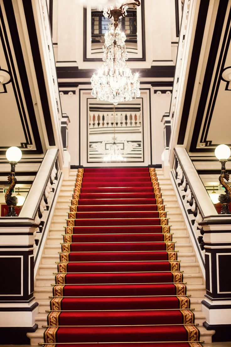 Best 335 Best Grand Staircases Foyers Images On Pinterest 400 x 300