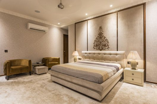 Gallery Of An Indian Modern House 23dc Architects 1 Bed Design Modern Indian Bedroom Decor Indian Bedroom Design