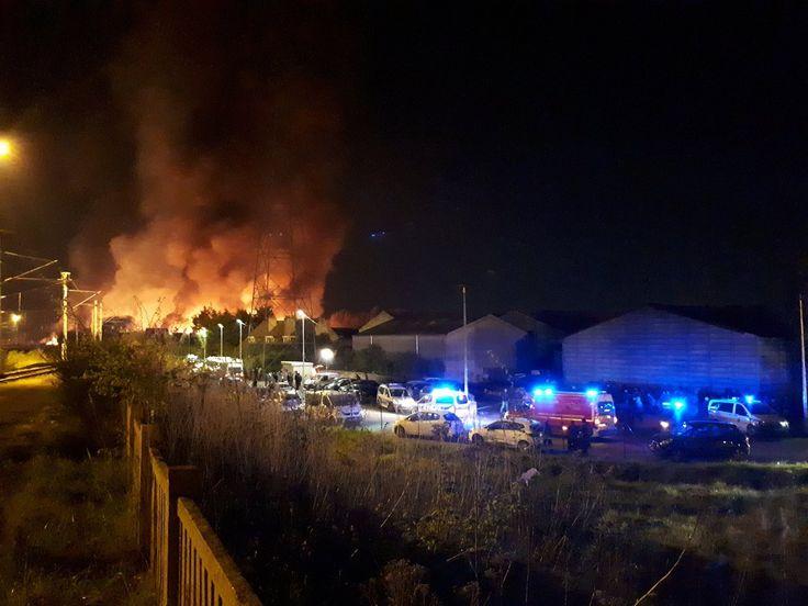 Ce qui attend la France avec une Invasion Massive de migrants : Viols, Prostitution et Incendies, l'exemple du Camp de Grande Synthe près de Dunkerque