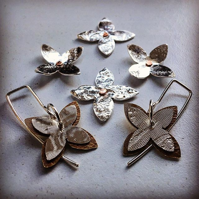 #thejourneycontinues and took a slight detour 🙄samples inspired by #tapacloth #patterns and a love of #nature #flowers #jewellerydesign #conceptualdesign #textured #herbertandwilks #newzealand