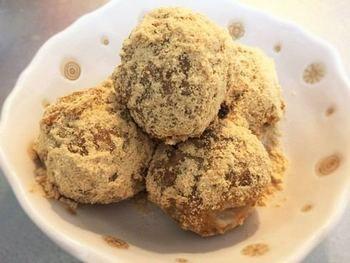 まさかのスイーツレシピ!ゆでそばと団子粉で作る簡単レシピ。ちょっと小腹がすいた時や甘いものが食べたいときにオススメのアレンジレシピです。