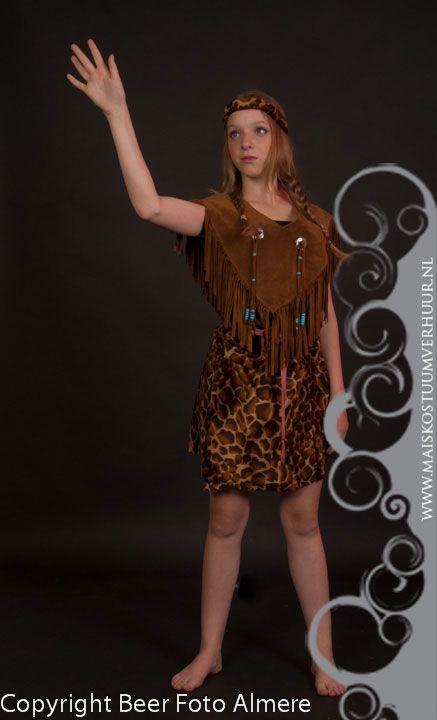 POCAHONTAS - Kleding huren Foto's van klanten - Mai's Kostuumverhuur, kostuumverhuur en kledingverhuur voor het Gooi, Eemland en omgeving