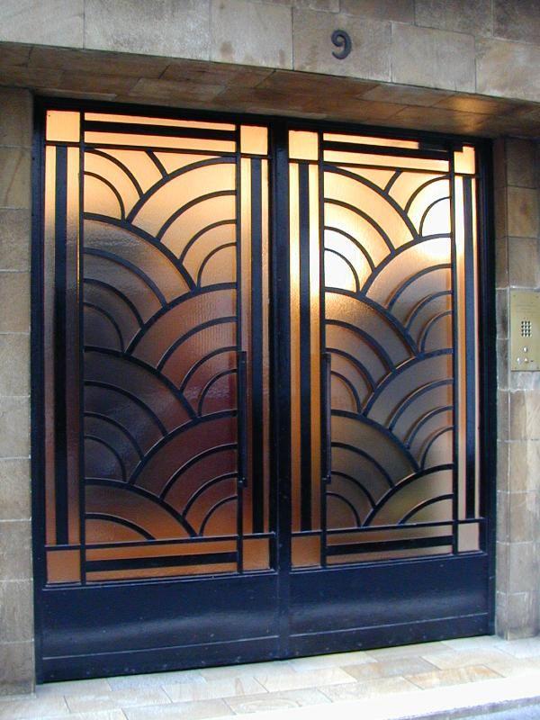 Paris, France: 9 Rue Vavin: door (art deco)... beige, golds, and blacks on the door leading up stairs? Ah, but kitchen is gray...
