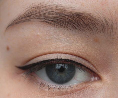 Eyeliner for hooded eyes !
