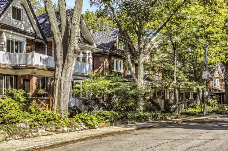 A beautiful streetscape in the High Park neighbourhood in Toronto, Ontario.
