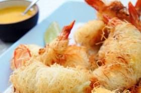 With Christmas just around the corner and the Party Season in full swing, it's dishes like these that make celebrations so special. While prawns may be more expensive than you would normally budget for, you can find regular specials , so snap them up when you can and freeze them until you are ready to cook with them. Once you thaw them, cook them a...