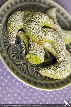 Kürbiskern-Zimt-Kipferl, ein sehr schönes Rezept aus der Kategorie Backen.