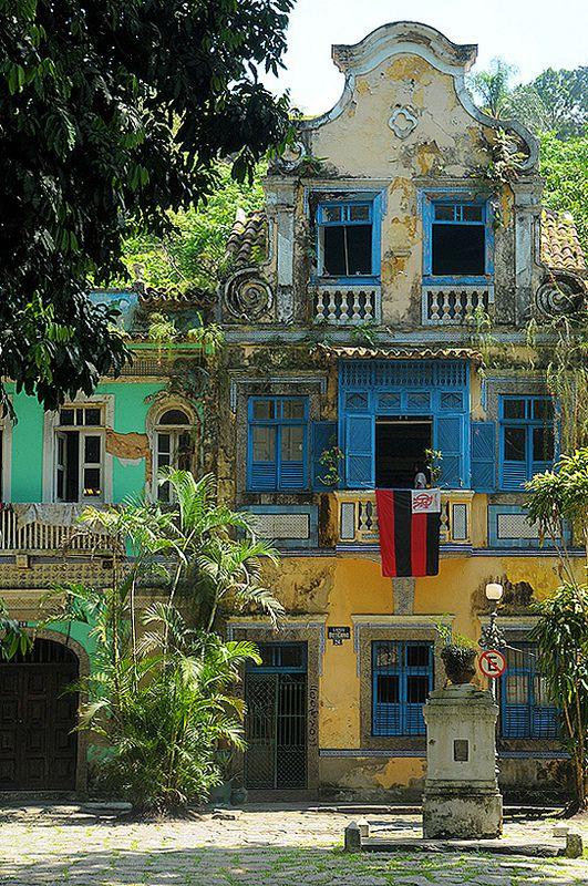 Largo do Boticario (Alley of the Apothecary) in Cosme Velho, Rio de Janeiro, Brazil | Photograph: Sigfrid López on flickr #Rio_de_Janeiro #Brazil #Brasil