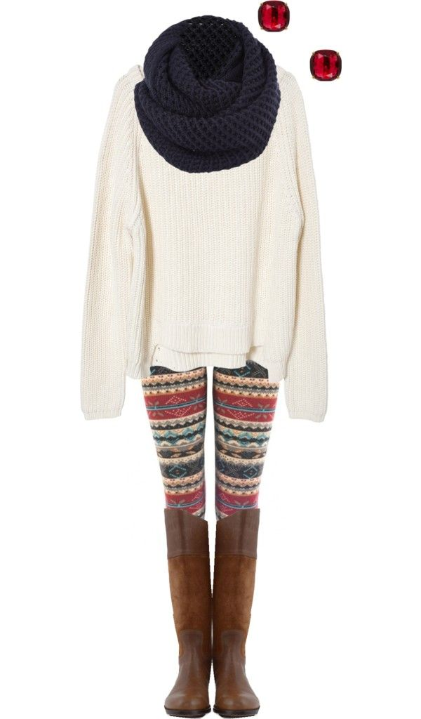 I want an outfit like this! Winter leggings and a huge comfy