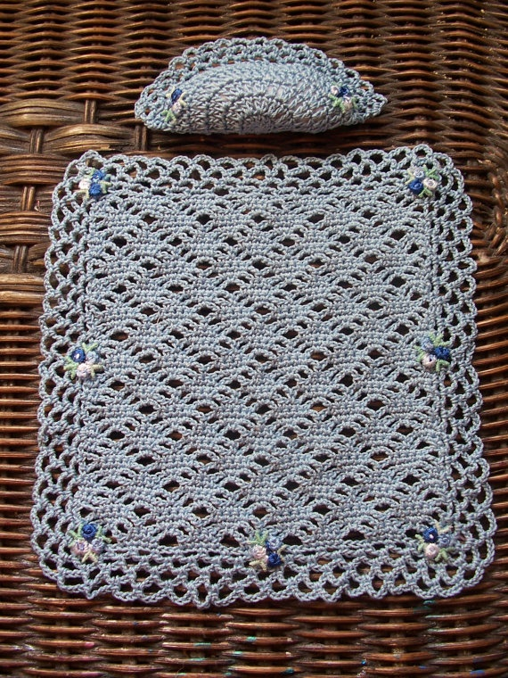 Miniature Dollhouse Crochet Bedspread with Pillow Country Blue