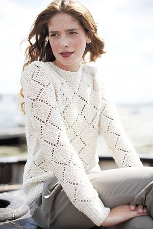 Beautiful but simple diamond lace sweater free knitting pattern