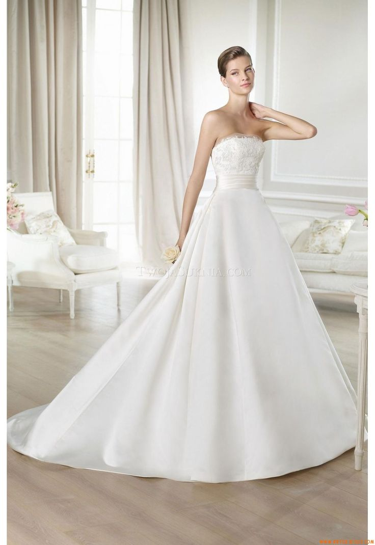 Cute High quality UK wedding apparel with fast shipping and excellent service makes your wedding perfect and impressive