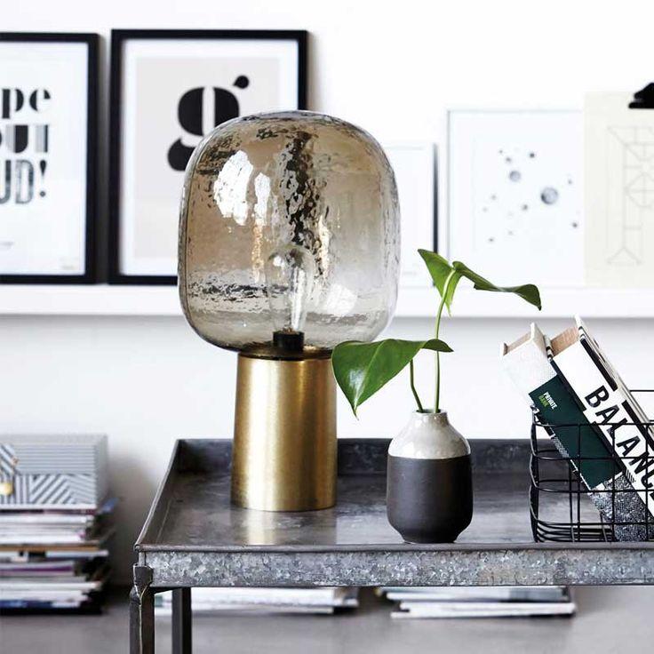 Lampe Note In Grau Grün Mit Goldfarbenem Fuß Von House Doctor   Jetzt  Dekoration, Geschirr Und Home Accessoires Online Bestellen Bei Pinkmilk.