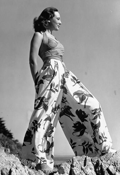 'Cruise Wear Fashions' (1940, Photographer: Peter Stackpole)--A fabulous pair of cool and casual cotton palazzo pants for the hot summer months that are a long distant memory...