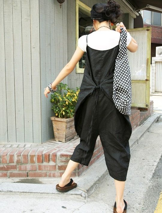 Vogue black linen Connect a body Seven cents trousers by MaLieb, $65.00