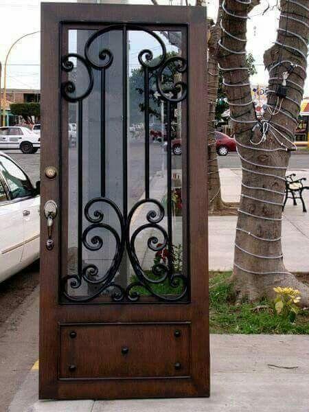 M s de 25 ideas incre bles sobre puertas de herreria for Puertas de madera con herreria