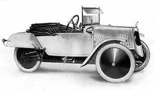 "De Luxe Model (1926)  Built from 1912-1931.  ""For the man who wants something better...""  The De Luxe Model had some refined coach built bodywork and was over all better equipped than the Standard Model."